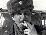 Капитан с сигаретой на границе с Китаем